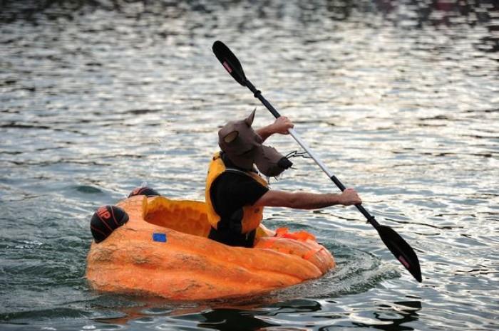 Rộn ràng lễ hội đua thuyền bí ngô ở Đức